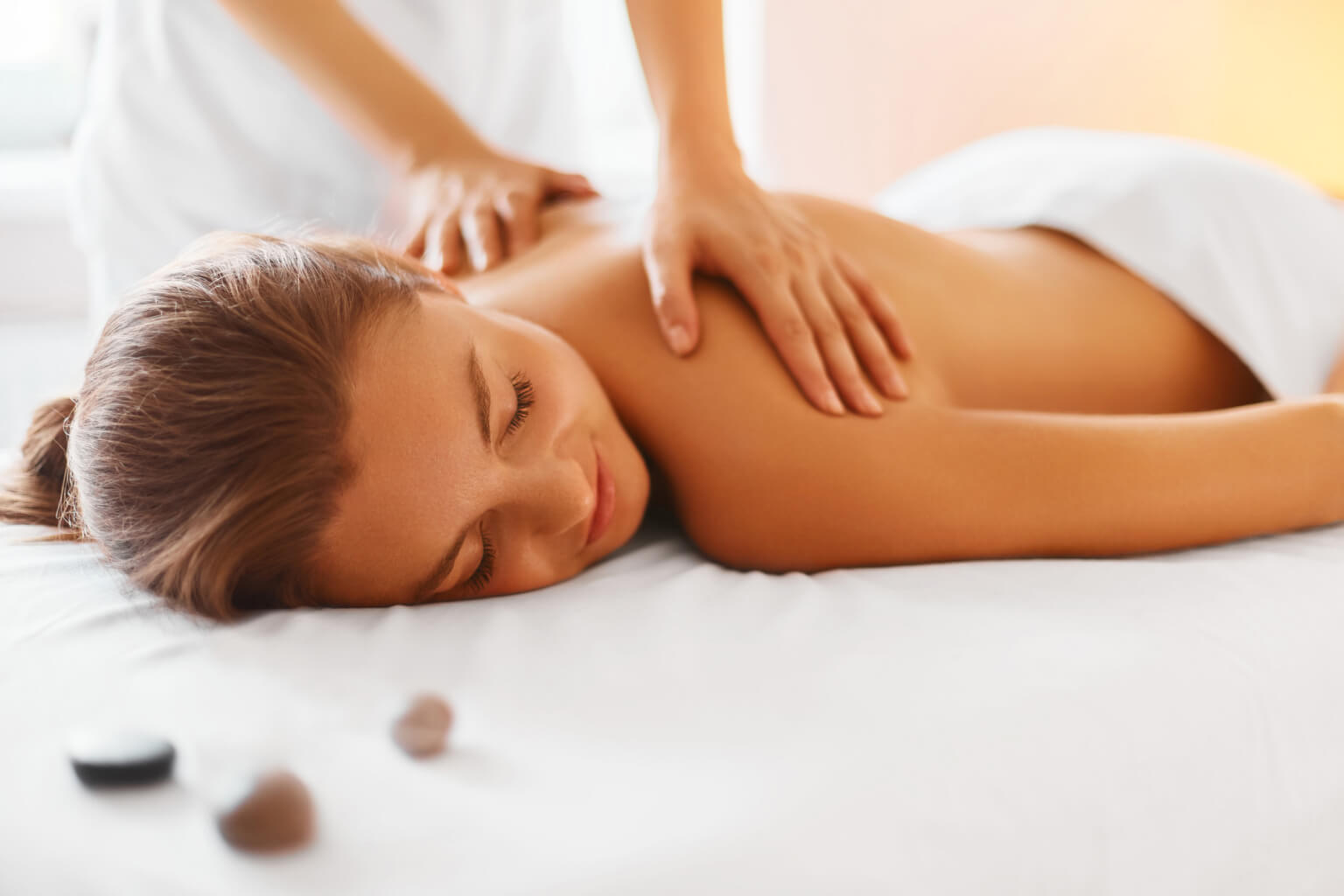 Top 10 Health Benefits of Regular Professional Therapeutic Massage